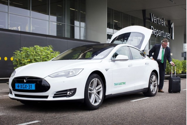 The Netherlands Well Suited To Electric Cars And Eager