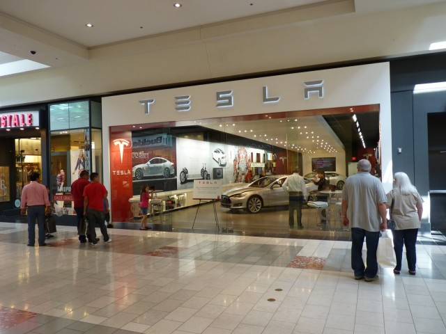 tesla loses legal battles to texas north carolina dealers. Black Bedroom Furniture Sets. Home Design Ideas