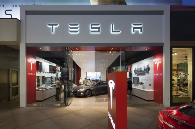 Tesla Store Helpful Enthusiastic One Chevy Volt Dealer