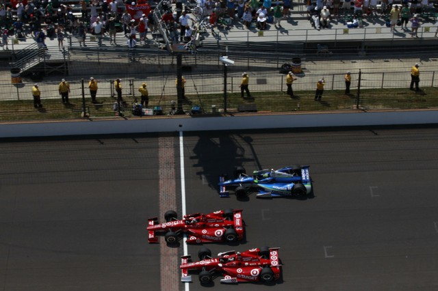 How Many Laps In Indy 500 >> Franchitti Earns Third Indy 500 Win