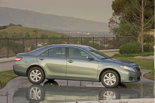 2010 toyota camry review ratings specs prices and. Black Bedroom Furniture Sets. Home Design Ideas