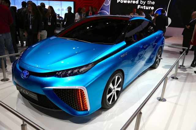 Decoding Toyota S Electric Car Disdain A Role For Fuel Cells