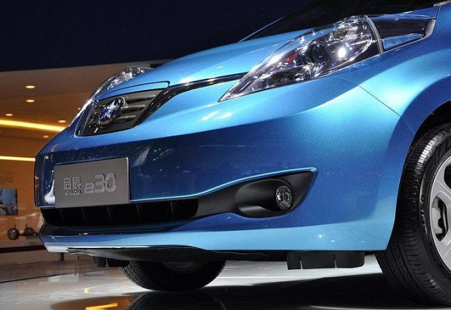 china extends electric car incentives as shenzhen caps registrations. Black Bedroom Furniture Sets. Home Design Ideas