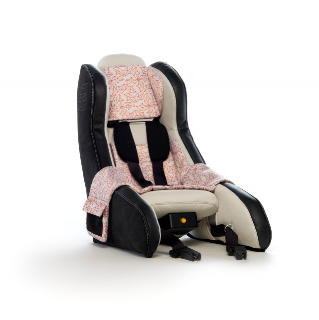 volvo 39 s new child car seat concept lightweight inflatable military grade gallery 1 the car. Black Bedroom Furniture Sets. Home Design Ideas