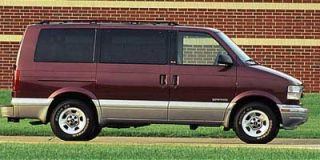 1997 GMC Safari Passenger Photo