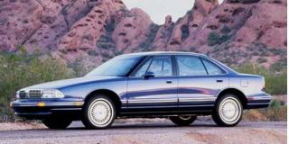 1998 Oldsmobile Regency Photo