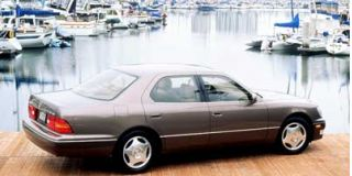 1999 Lexus LS 400 Luxury Sedan Photo