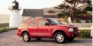 1999 Oldsmobile Bravada Photo