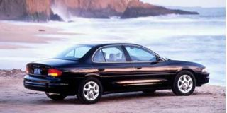 1999 Oldsmobile Intrigue Photo