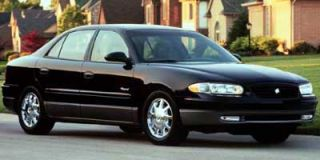 2000 Buick Regal Photo