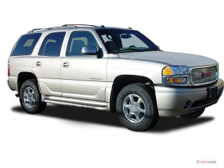 2003 GMC Yukon Denali Photo