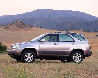 Side view of 2001 Lexus RX 300 4dr SUV 4WD Green