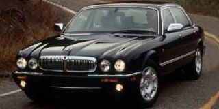 2002 Jaguar XJ Photo