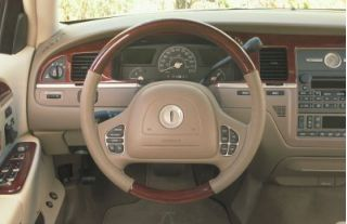 2003 Lincoln Town Car Review Ratings Specs Prices And