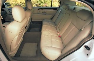2003 Lincoln Town Car Review Ratings Specs Prices And Photos