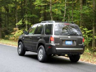 2005 Mercury Mariner Rear