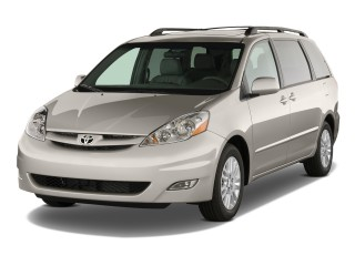 2010 Toyota Sienna Photo