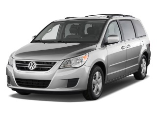 2010 Volkswagen Routan Photo