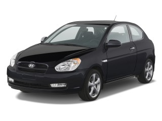 2011 Hyundai Accent Photo