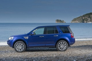 2011 Land Rover LR2 Cool review