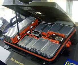nissan to offer leaf battery replacement plan 100 a month. Black Bedroom Furniture Sets. Home Design Ideas