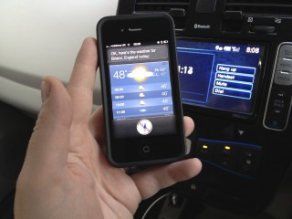 iPhone 4S integration with Nissan Leaf