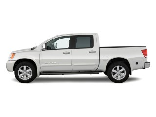 2012 Nissan Titan Photo