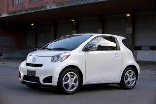 2012 Scion iQ Photo