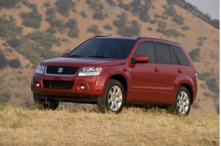 2012 Suzuki Grand Vitara Photo