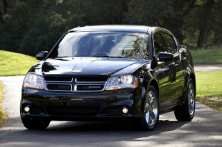 2013 Dodge Avenger Photo