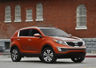 Cars  Models 2013 Interior on 2013 Kia Sportage Reviews And Ratings   The Car Connection