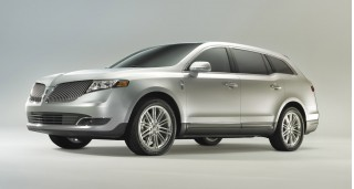 2013 Lincoln MKT Photo