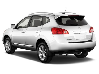 Angular Rear Exterior View - 2013 Nissan Rogue FWD 4-door SV