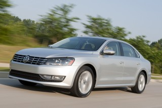 2013 Volkswagen Passat Photo