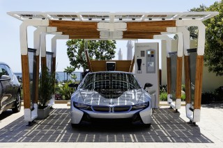 In 10 Years, Electric Cars Make Home Solar Practical Without Subsidies: UBS