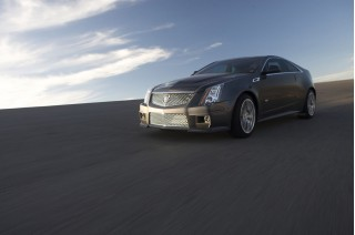 2011 Cadillac CTS-V Photos