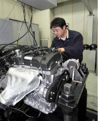 Hyundai Gasoline Direct Injection Theta II Four-Cylinder Engine