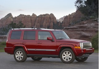 2010 Jeep Commander Photo