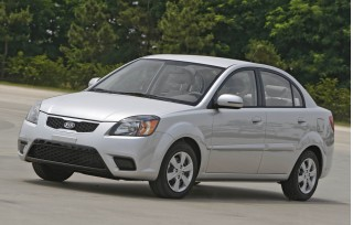 2010 Kia Rio Photo