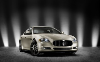 2010 Maserati Quattroporte Photo