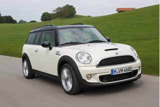 2011 MINI Cooper Clubman Photo
