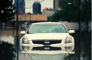 Nashville flood car