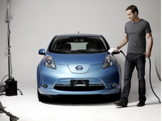Ryan Reynolds Nissan Leaf Spokesperson