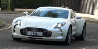 2010 Aston Martin One-77 Photo