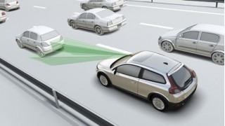 Volvo's low speed accident prevention system
