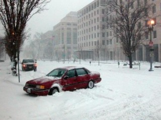 Winter driving - stuck car - AAA Foundation for Traffic Safety
